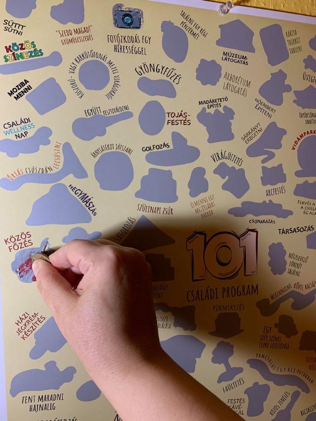 101 családi program kaparós plakátból részlet